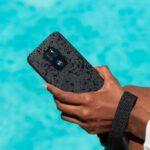 Nove generacije mobitela – neki mogu 'roniti' do 35 minuta, 'skočiti' s 1,8 metara, ne smetaju im ni prašina ni dezinficijensi